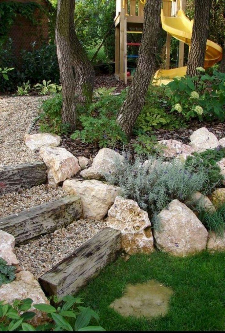 58+ Beautiful Front Yard Rock Garden Landscaping Ideas