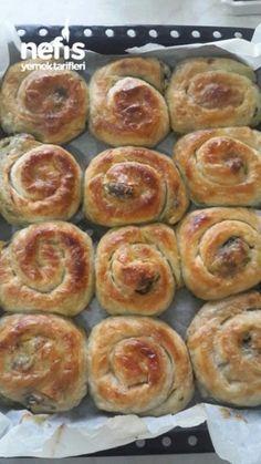 Puf Kabaran Ispanaklı Börek