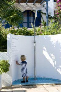 Kreta, een heel mooi plekje in Griekenland- leuke plek om een paar dagen te verblijven- kindvriendelijk (en toch design !) en gerund door Nederlandse met haar Griekse man- Villa Ippocampi