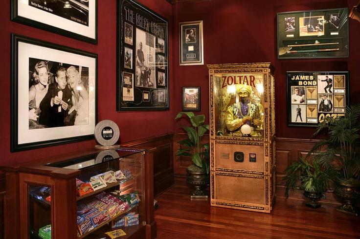 Memorabilia Lounge.: Sports Memorabilia, Tk Theater, Portfolio, Paramount Memorabilia, Interiors Design, Memorabilia Lounges