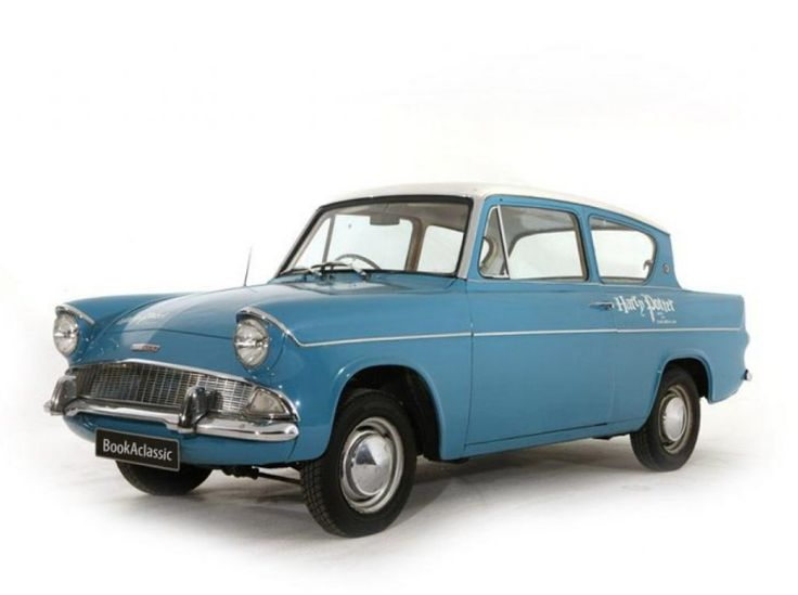 It's definitely Famous Car Friday! What is your favourite classic car featured in a movie? You might recognise this Ford Anglia Deluxe...  #bookaclassic #classiccar #luxurycars #supercars #HarryPotter #movie #film #carlovers #lovecars #weddingcar #vintagecar #oldtimer #youngtimer #prewarcar #vintageweddingcar #happywedding