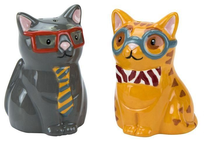 The Smarty Cat Salt & Pepper Shaker Set is cute and functional; perfect for use at the dining table or to display with your collection Makes a great gift fo