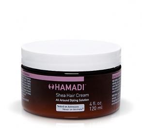 HAMADI Shea Şekillendirici Saç Kremi    Kolay taranan, yatıştırılmış pürüzsüz saçlara kavuşun!    Dalgalı saçları düzleştirmek için önce SHEA ŞEKİLLENDİRİCİ SAÇ KREMİ'Nİ kuru veya ıslak saçınıza uygulayın, bir düzleştirici yardımıyla evde fönlü saç keyfini yaşayın!     Extra nemli görünüm için saçınıza uygulayın ve yatın, uyandığınızda ıslak görünümlü muhteşem dalgalara kavuşun!