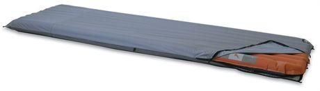 Beskytter liggeunderlaget ditt og kan kobles til dobbel madrass