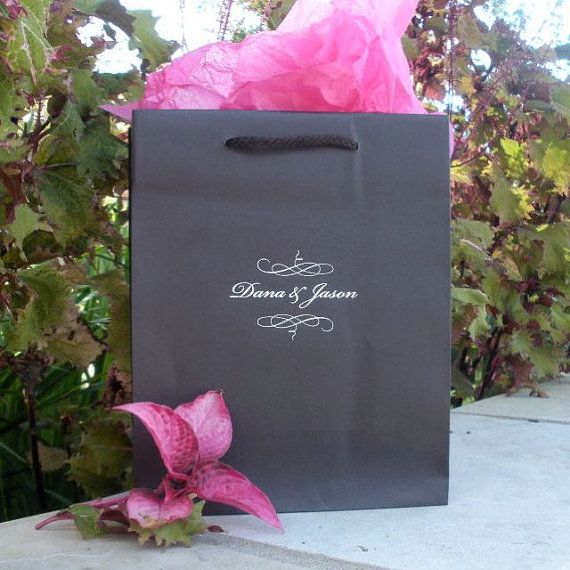 Wedding Guest Gift Bags Uk : ... Wedding guest gifts, Wedding gift bags and Wedding welcome bags