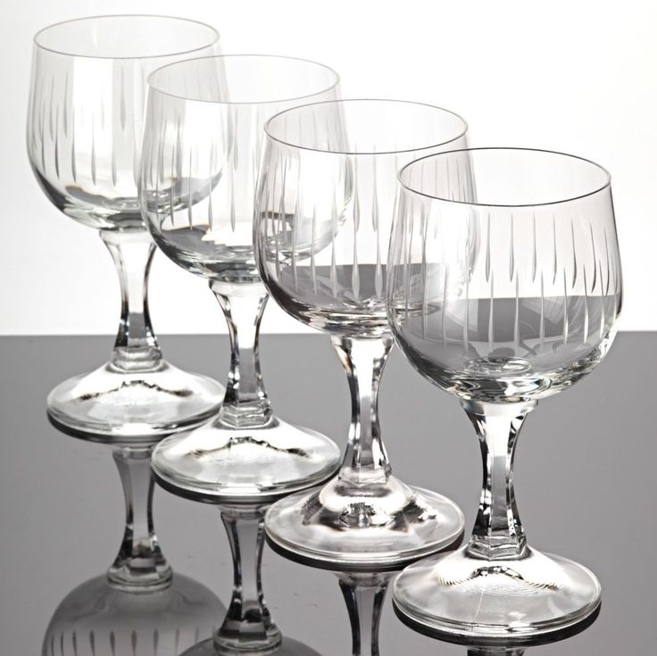 4 Weingläser Weißweingläser Linien Schliff Gravur ~ 60er Jahre Kristall Gläser