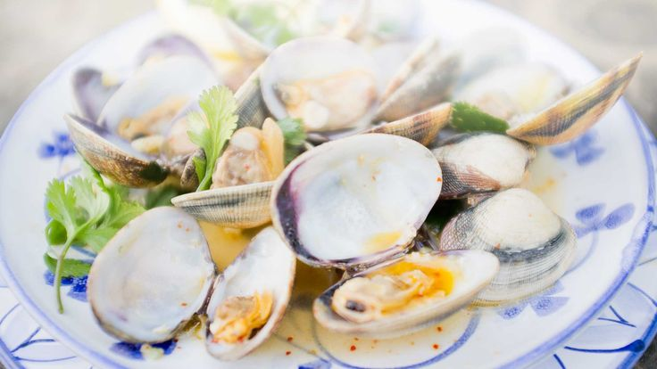 These sweet little clams are best enjoyed straight from the pot. Perfect for sharing.