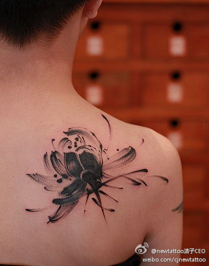 lotus tattoo  北京 洁子