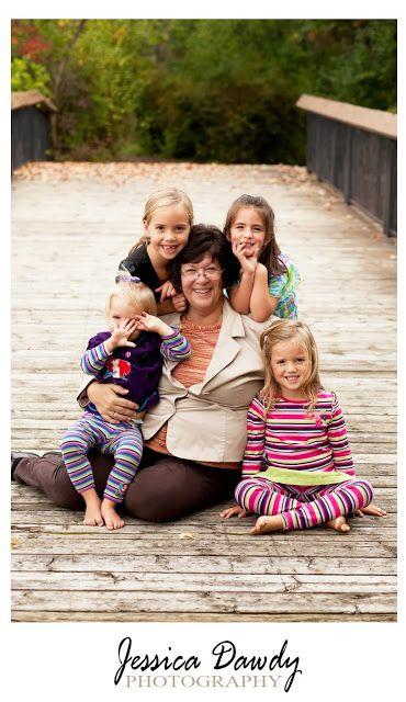 Photo With Grandma Pose www.jessicadawdyphotography.com