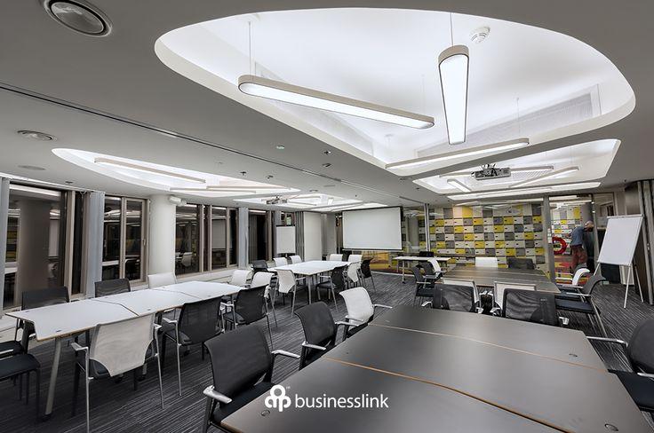 Sala konferencyjna #salekonferencyjne #businesslinkzebra #zebratower…