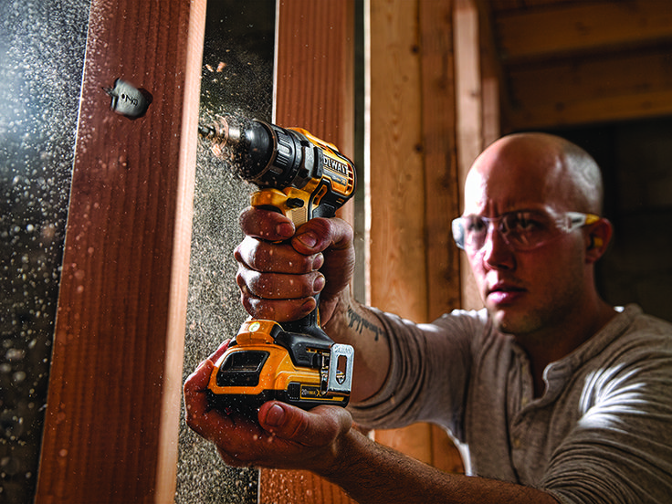 Long-Lasting Power Tool Performance You may be a craftsman with questions about the batteries you use every day. You know there are several voltage differences in cordless tools, but may not fully understand the details. Here is a discussion from DEWALT about battery basics. Read about the differences between types of batteries and what to look for when you're buying new cordless tools. What Is Voltage? A battery's voltage tells you how much power the cell generates in ideal conditions. It…