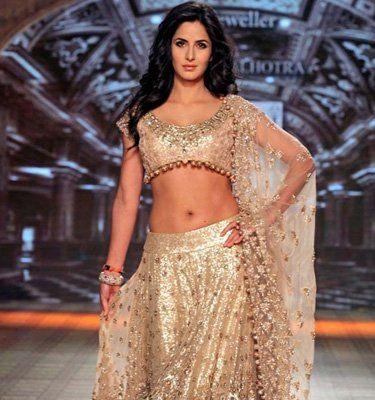 Trendy and Stylish Choli Designs for This Wedding Season - Yahoo Lifestyle India