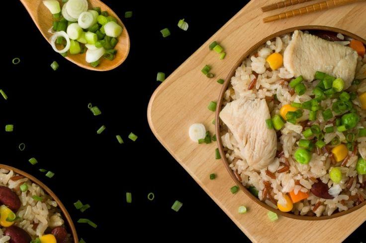 Ajoutez un peu de votre filet de porc dans votre riz frit
