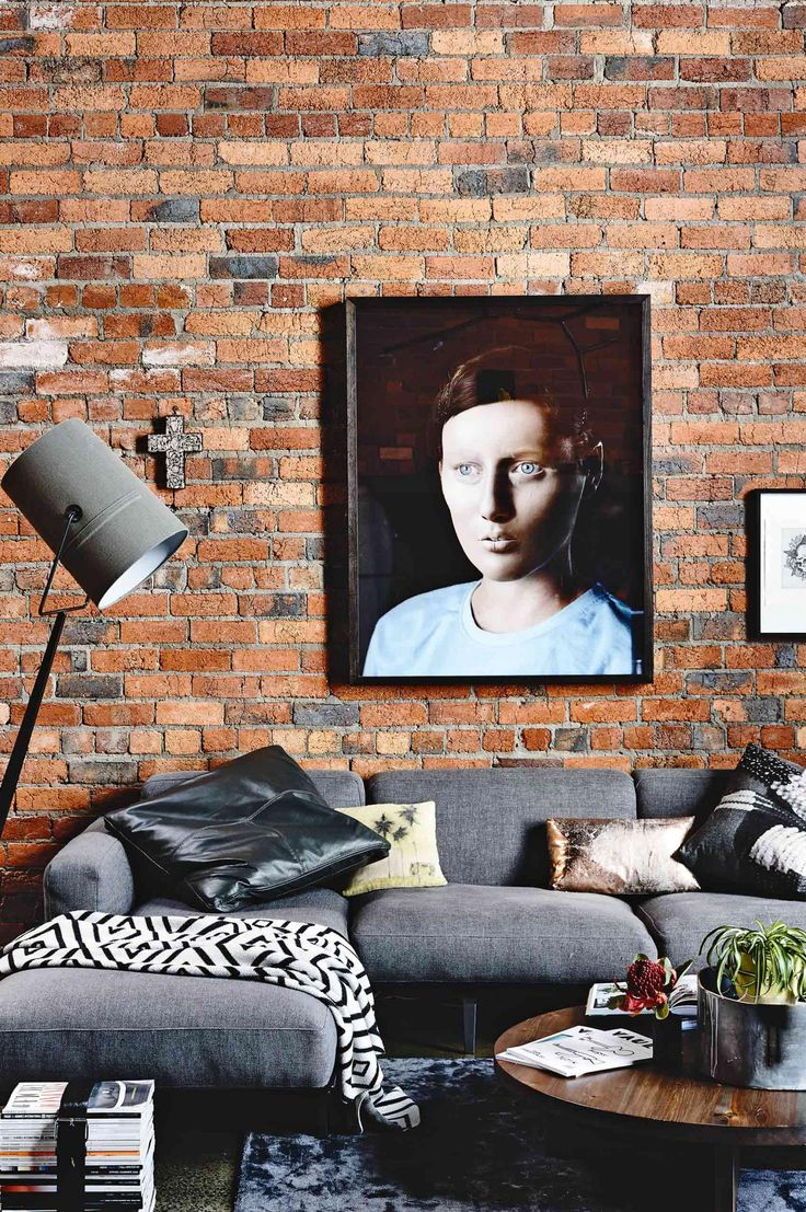 Industrial exposed brick living room. Artwork by digital artist Annika Koops, picked up at the VCA School of Art Masters Exhibition. Inside Out Magazine, March 2015.  #brickfive  #ddbs #ddbricksales