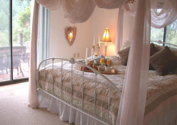 1000 images about always kiss me goodnight on for Romantic master bedroom designs