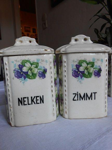 vorratsbehalter bild 4 komplettes set 6 kleine alte keramik gewarzdosen schatten samt deckel tupperware eckig