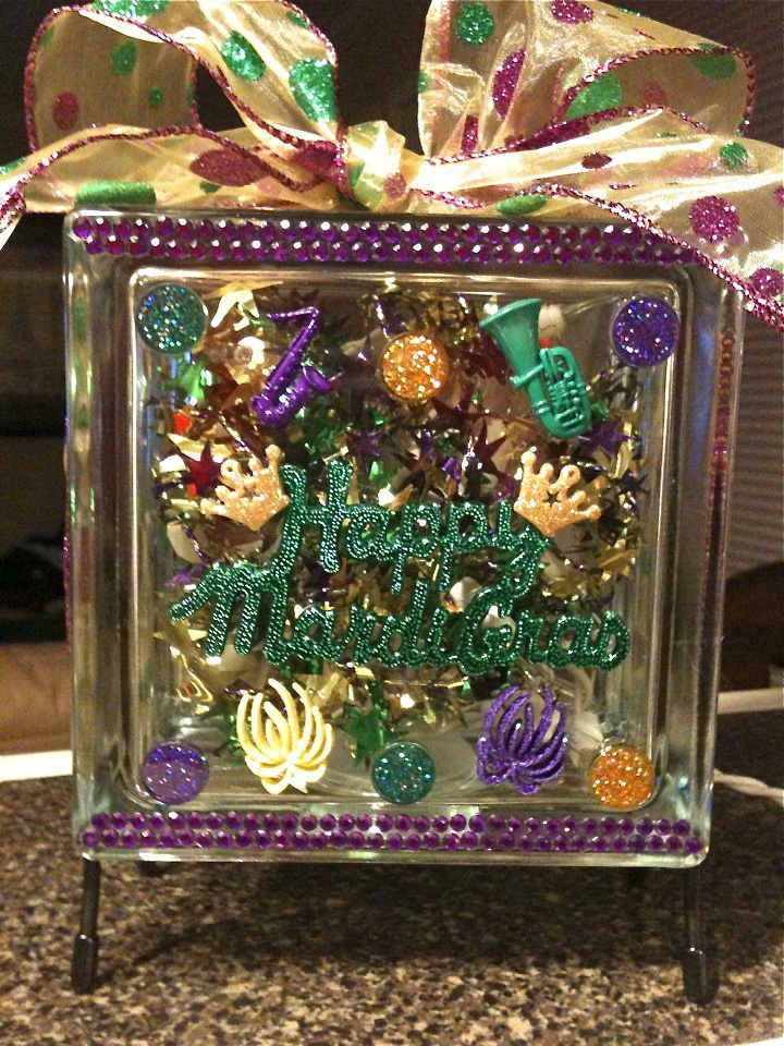 Happy Mardi Gras - glass block Ribbon from Sam's Wholesale - all other supplies from Hobby Lobby