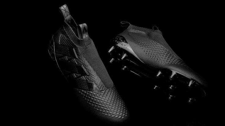 Meet the Adidas Ace GTI 2016 Laceless Boots - the football boots you never need to lace.