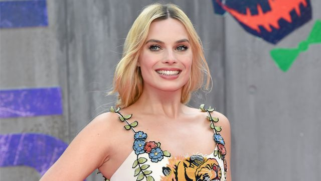 Marian: Margot Robbie to Headline Sony Robin Hood Film   Margot Robbie will headline Sony Pictures Marian a Robin Hood story  Margot Robbie has lined up a new project today asThe Hollywood Reporterbrings word that theSuicide Squad star will play the title role in Sony PicturesMarian an original story that builds from the Robin Hood legend. The plot from a script by Pete Barry sees Marian upon the death of Robin Hood taking the heroes place to lead the Merry Men and continue to rob from the…