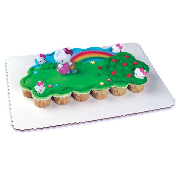 Hello Kitty Bubble Blower 24 Cupcake Servings Pull A