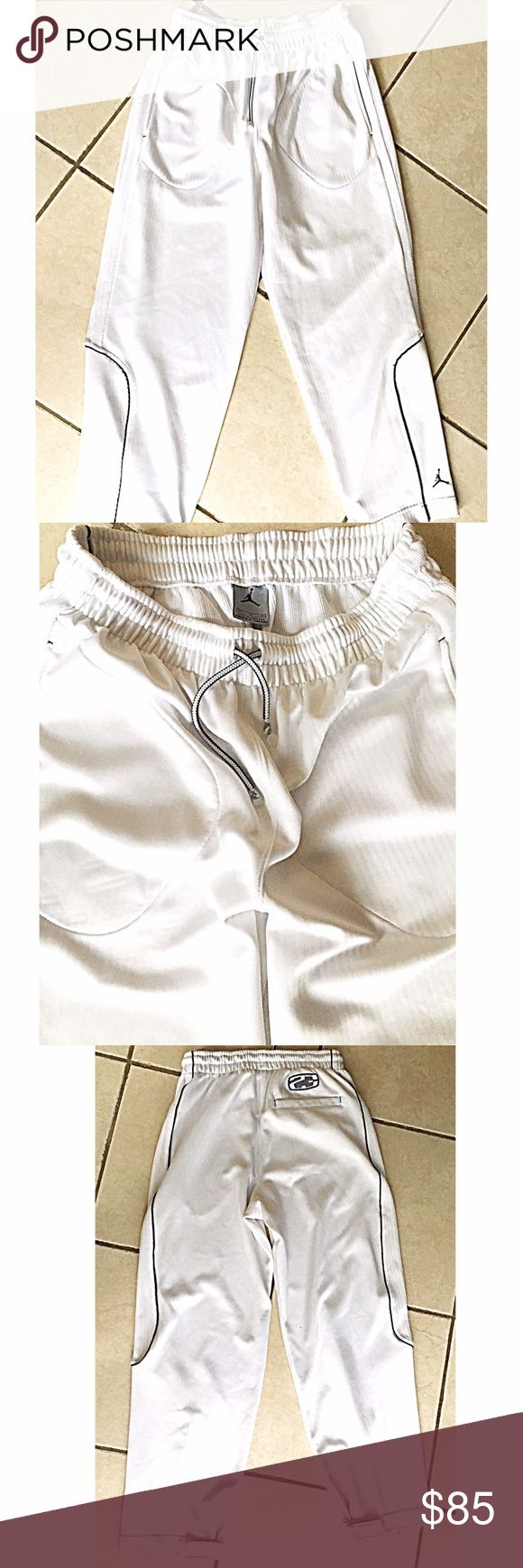 JORDAN MENS SWEATS RARE JORDAN SWEATS. MENS SMALL - WHITE IN COLOR CAN TELL FEOM PICS HOW CLEAN- ONLY WORE ONCE OR TWICE AROUND THE HOUSE BASICALLY NEW! Jordan Pants Sweatpants & Joggers