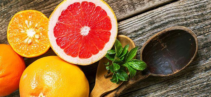 Nakrájaný pomaranč, mandarinka, grep a citrón