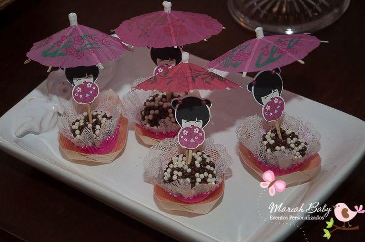 Doces decoração tema Kokeshi | Festa Kokeshi | Festa infantil | Decoração by Mariah festas