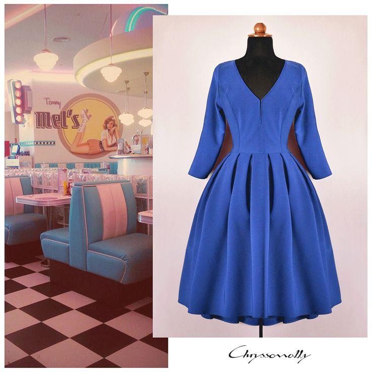 SARTORIAL   Chryssomally    Art & Fashion Designer - 50's inspired full skirt blue pleated dress