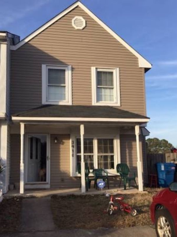 Townhouse for rent near Oceana NAS, Virginia  3 Bed / 2.5 Bath