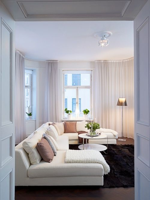 cream: Rooms Idea, House Decoration, Sweet, Long Curtains, Interiors, Rooms Colour, Hanging Curtains, Cozy Living Rooms, Design