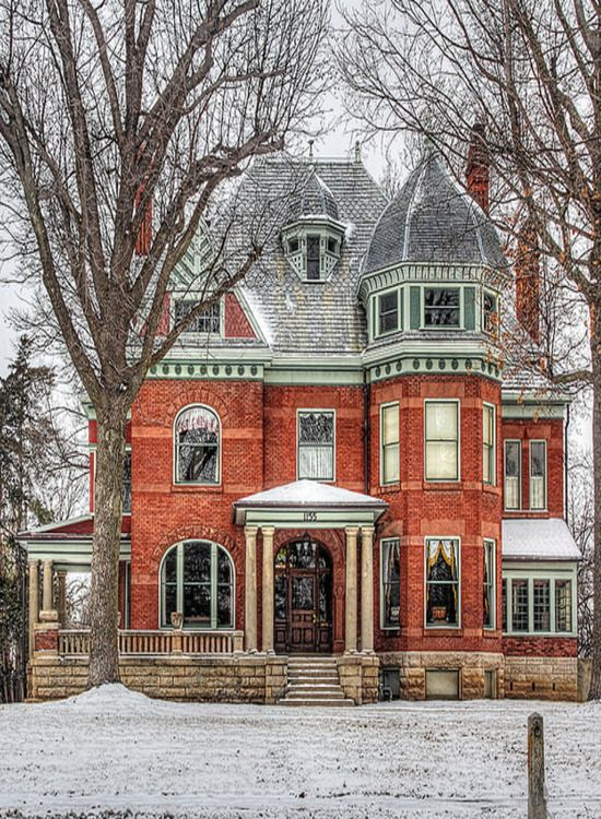 Mansion In Carthage, Missouri