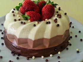 Čokoládový dortík   Čokoládový dortík:   750ml mléka  750ml šlehačky   110gr cukru 3x dort- želé Dr.Otker po10gr 150gr čokolády bílé Mil...