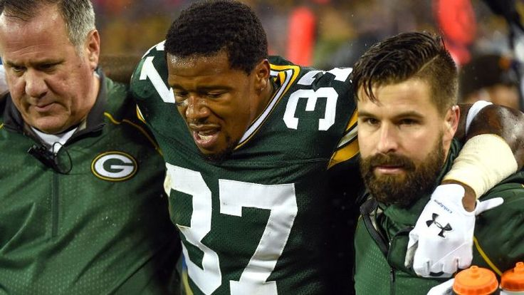 Sam Shields of Green Bay Packers suffers concussion vs. Dallas Cowboys