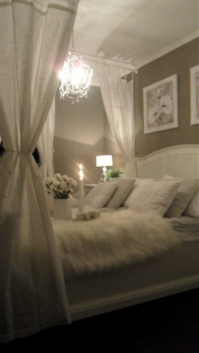 DIY romantic bed canopies- The Budget Decorator This is gorgeous but not really a manly bed hah!