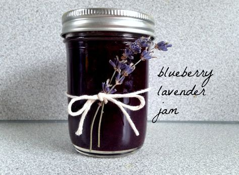 Recipe and canning instructions for blueberry lavender jam with vanilla bean. A wonderful way to preserve fresh blueberries!