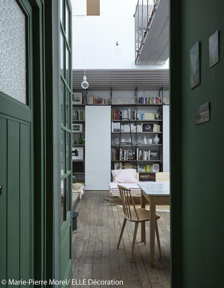 visite en 3d d 39 un petit atelier parfaitement am nag atelier paris et farrow ball. Black Bedroom Furniture Sets. Home Design Ideas