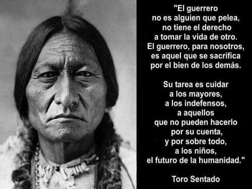"""Toro Sentado: """"¡Indios! ¡No hay más indios excepto yo!""""      Nota: Respuesta de Toro Sentado a un periodista que le preguntó cómo se sentian los indios después de ser forzados a entregar unas porciones de tierras al Gobierno estadounidense."""