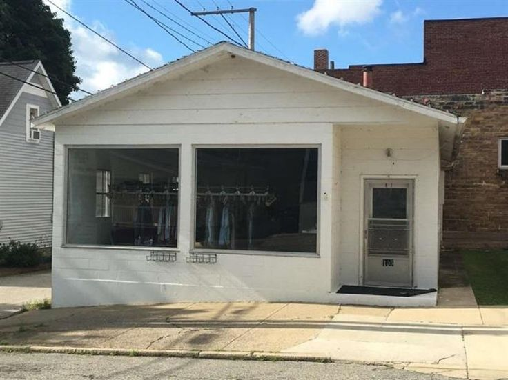 Wonderful 1 room, 960 sq. ft. commercially zoned building with half bath and gas forced heat.  Building has approx. 26 ft of frontage on Washington St.  Formerly Ideal Cleaners, property is located in the heart of downtown Culver and would make a great location for any small business.