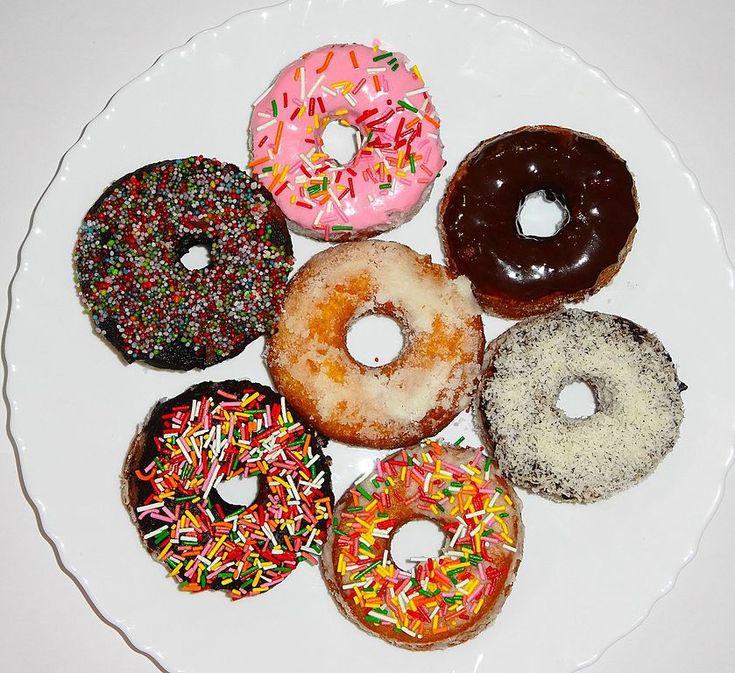 Cuisine of Karachi: Dunkin' Donuts Home Made    گھر پر تیار کئے گئے ڈو...