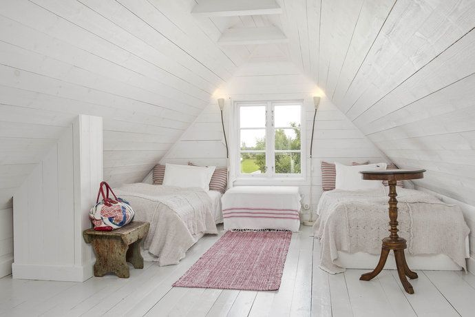 A little 'röd stuga' – why we love the Traditional Swedish Wooden Cottages   LITTLE SCANDINAVIAN