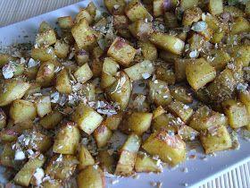 Składniki: ziemniaki (500g) pestki dyni (20g) przyprawy (sól, papryka słodka, pieprz)