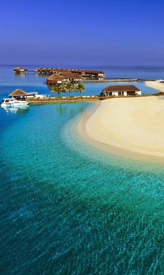 Maldives, the most Romantic Place in World -  More Incredible Locations: https://www.facebook.com/The-Most-Amazing-Places-on-Earth-697197843771667/