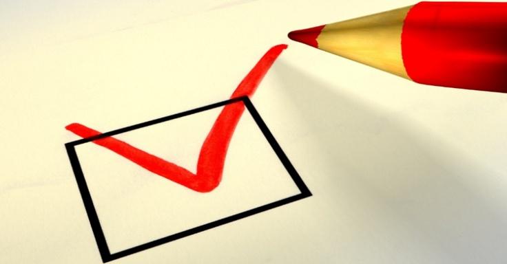 Dez passos para a escolha da carreira certa no vestibular: O candidato deve analisar a si mesmo, o curso pretendido e o mercado de trabalho.  http://veja.abril.com.br/complementos-materias/orientacao-vocacional/info_orientacao-vocacional620_2.swf