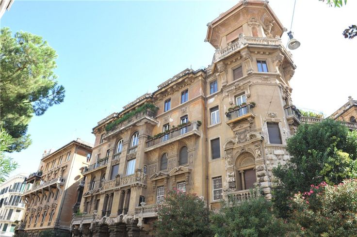 This 5 bedrooms apartment in Coppedè Area, Via Dora, Rome is now on the market. Contact us today to arrange a viewing.