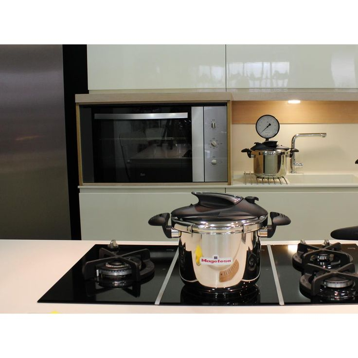 Nova 4 qt. Stainless Steel Pressure Cooker