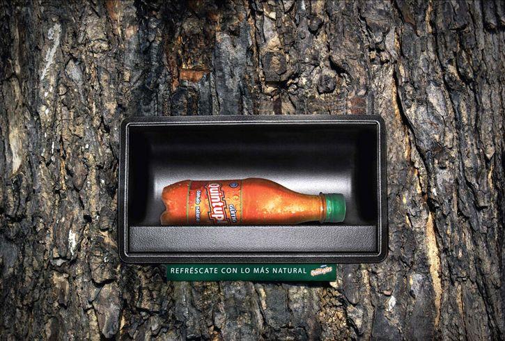 una bevanda.. naturale..! Ambient Marketing della Quintuples http://www.doreenscuri.it/blog/2011/11/23/una-bevanda-davvero-naturale-ambient-guerrilla-marketing-inside/