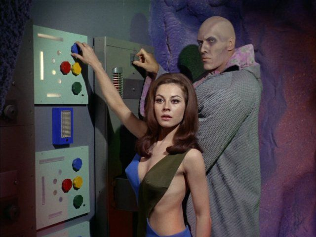 Ted Cassidy and Sherry Jackson in Star Trek (1966)