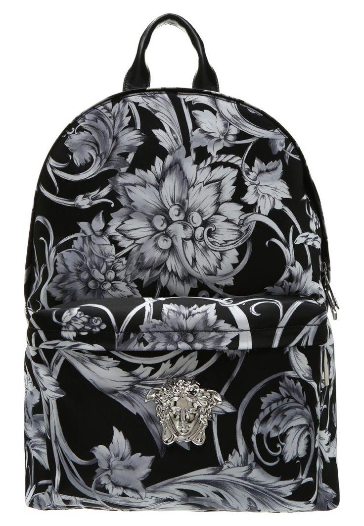 Versace Plecak multicoloured 3,629.00zł #moda #fashion #men #mężczyzna #versace #plecak #multicoloured #szary #grey #męski #czarny #black