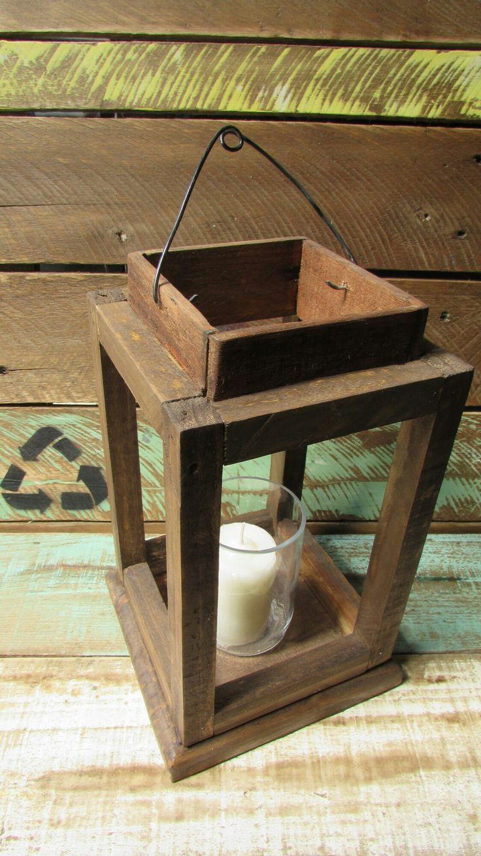 Lanterna com vela/Luminária rústica confeccionada com madeira recuperada!Linda e romântica!