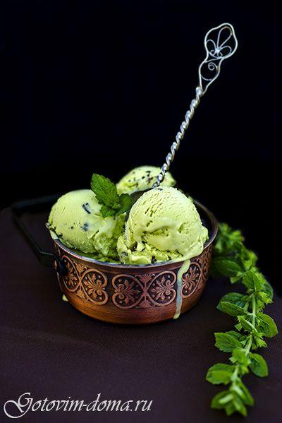 Рецепт: Мятное мороженое с шоколадом